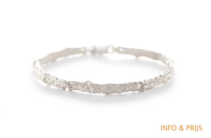 Rough-textured bracelet in silver