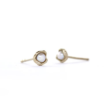 ear rings mini cup with pearl