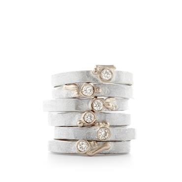 Fine silver rings with diamond