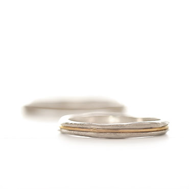 combination Wedding ring with fine thread in gold