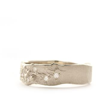 Ring with rough structure - Wim Meeussen Antwerp