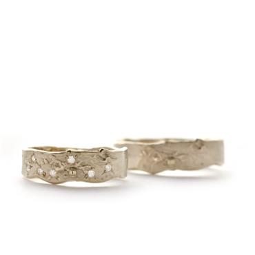 Rough structured wedding rings
