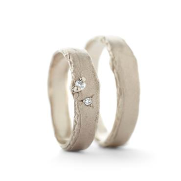Narrow wedding rings with diamonds - Wim Meeussen Antwerp